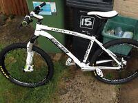 Whyte 809 Mountain Bike