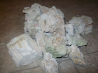 ROCK FOR CICHLIDS GOOD FOR REGULAR TANk WATHER OR SALT WATHER  I