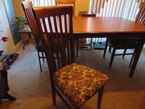 Dinette Set with Four Chairs