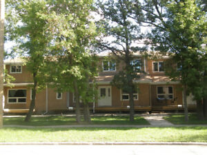 St Vital - Garden Home - AVAILABLE SEPTEMBER 1