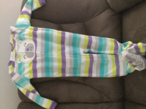 Size 4 girls Carter's footed pajamas BNWT