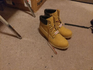 Letting Go of knock off Timberland boots. Size 15 W