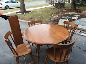 Dinning Set - excellent condition