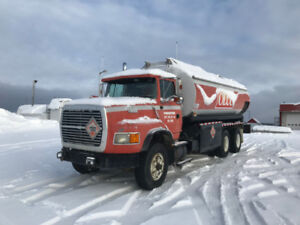 Camion citerne  diesel Ford L9000 1991