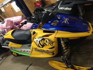 Parting out 2006 gsx limited 600sdi ski-doo & other revs St. John's Newfoundland image 2