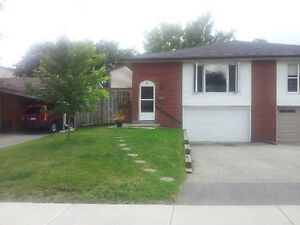 Semi-detached house for rent on Hamilton West Mountain