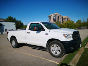 2012 Toyota Tundra for sale! !!