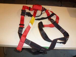 New fall arrest harness