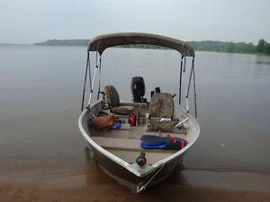 Bateau de pêche Princecraft 2014 14.6 avec Mercury 20hp