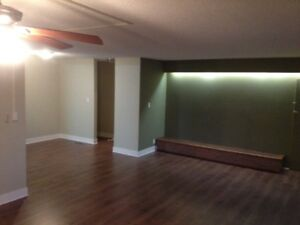 For rent Large 4 Beds Room