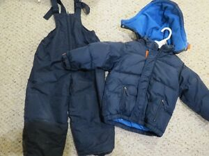 GAP Winter coat with snowpants - size 3