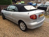 Renault Megane 1.6 convertible 2002 with leather,power roof long mot reliable still insured