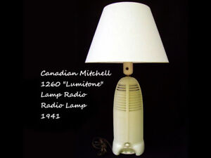 "1941 Canadian Mitchell 1260 ""Lumitone"" Rocket Lamp Radio"