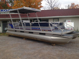 1989 SD240 Starcraft Pontoon Boat with 70HP Yamaha. One owner!