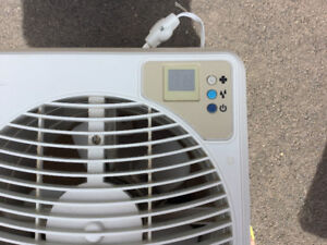 HUMIDIFIER. Essex Air Product