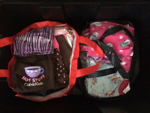 Girls size 5-6 clothes plus extras