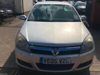 Vauxhall Astra 1.7CDTi SXi 2005 cheap run around.
