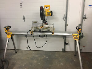 10-in Miter Saw with Stand DeWalt