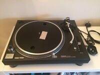Technics 1210 mk5 turntable
