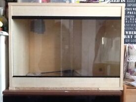 Snake/reptile tank for sale £15