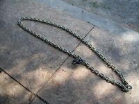 Heavy duty chain with lock, for ATV or snowmobile
