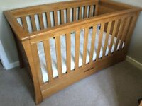 Mamas and Papas Ocean Cotbed / Day bed in solid Oak - great condition