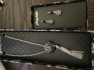 Grace Adele earring and necklace Set