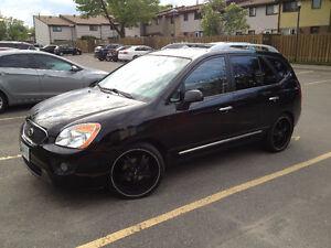 2011 Kia Rondo Minivan, Van 7seats