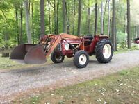 454 International Tractor with Loader
