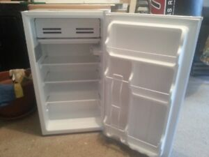 MASTER Chef 3.3 cu.ft. E-Star Mini-Fridge
