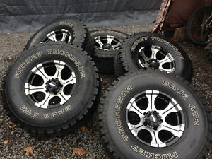 """01 and earlier Dodge Ram 1500 rims with 5 Mickey Thompson 35"""" Kingston Kingston Area image 2"""