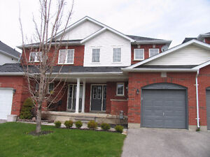 3 bedroom Townhome in Oshawa for lease