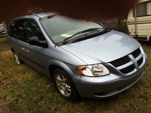 2003 Dodge Caravan For Sale For Repair or Parts Only Strathcona County Edmonton Area image 3