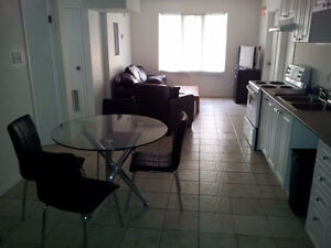 176KiNG-3SEC WLK CAMPUS+UTILITIES INCLD+AAALOCATION+FURNISHED
