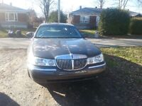 2002 Lincoln Town Car Signature Berline