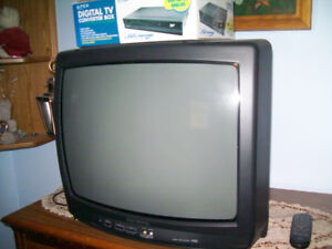 Electrohome 24 Inch colour tv with Digital Converter Box