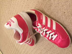 soulier de sport addidas - Modèle Gazelle