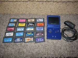 Nintendo Game Boy SP and 20 Games
