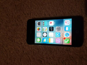 iPhone 4S (unlocked & mint condition) + USB, Wall & Car Chargers