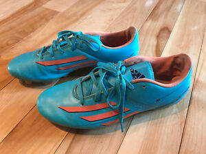 Adidas Soccer Shoes/Cleats - Size 7.5 Women's