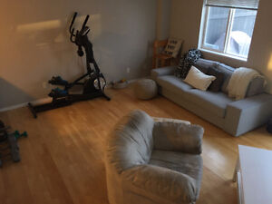Centrally located 3 bedroom, 2.5 bath duplex for rent