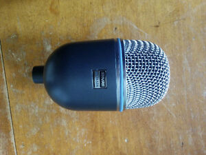 Sure Beta 52a bass drum mic