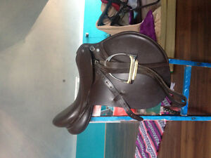 "16.5"" English saddle medium tree"