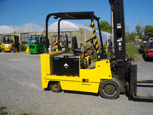 ALLIS CHALMERS FORKLIFT, 12000 LBS LIFTING CAPACITY
