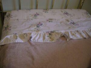 bedroom decorative set with comforter Windsor Region Ontario image 6