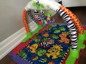 Jungle Baby Play Mat/Gym Oakville / Halton Region Toronto (GTA) image 2