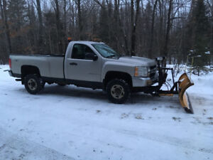 Chevrolet 2500hd with snow plow
