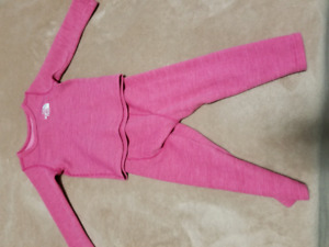 North Face Girls Baselayer Set (2T) - Great Condition