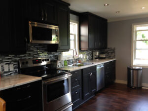 Luxurious Student House Near McMaster With Only 1 Room Left!