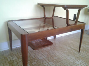 ANTIQUE VINTAGE COFFEE TABLE DANISH STYLE 1950 MID CENTURY